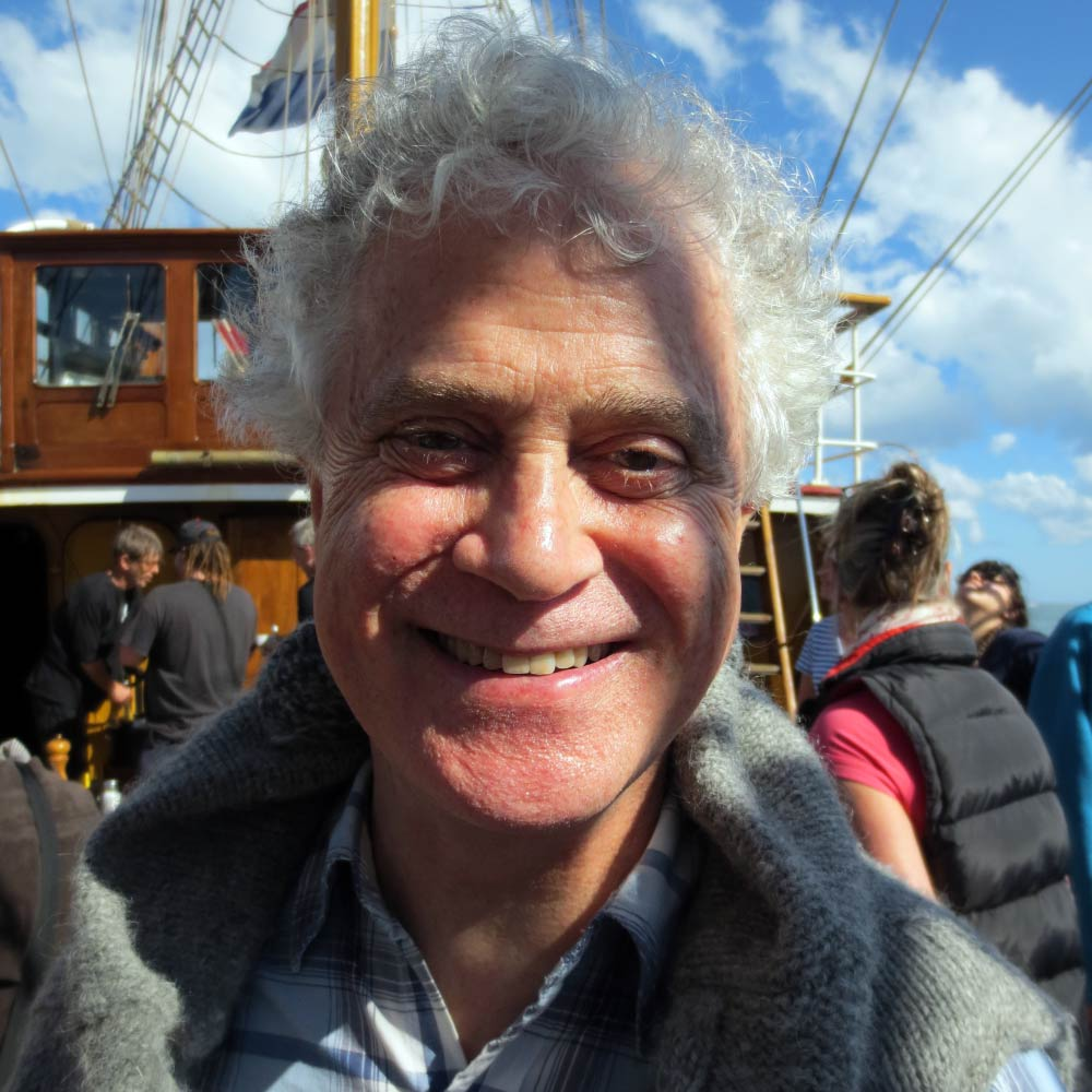 ADJ PROF Ian MacLeod